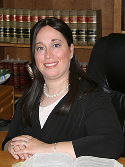 Solo profiles: Stories of independent law practice – Sarah Golombek